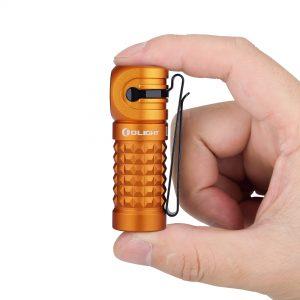 Dobíjecí LED čelovka Olight Perun mini Orange 1000 lm – limitovaná edice